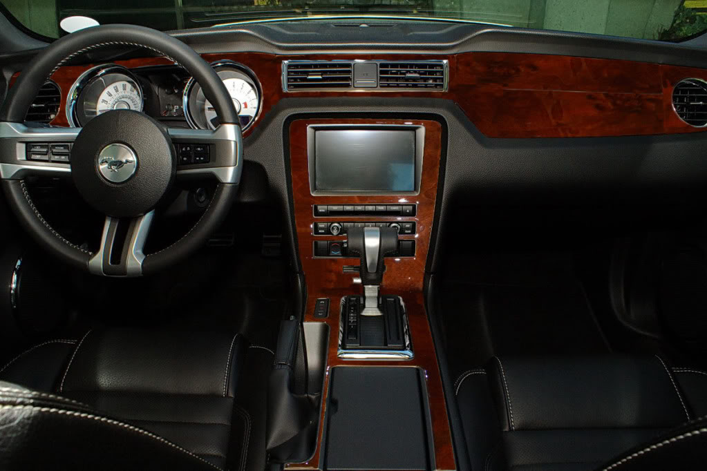 2010 2014 Mustang Interior Trim Americanmuscle Free Shipping