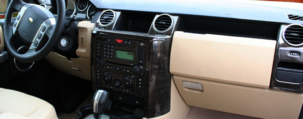 Land-rover dash kit