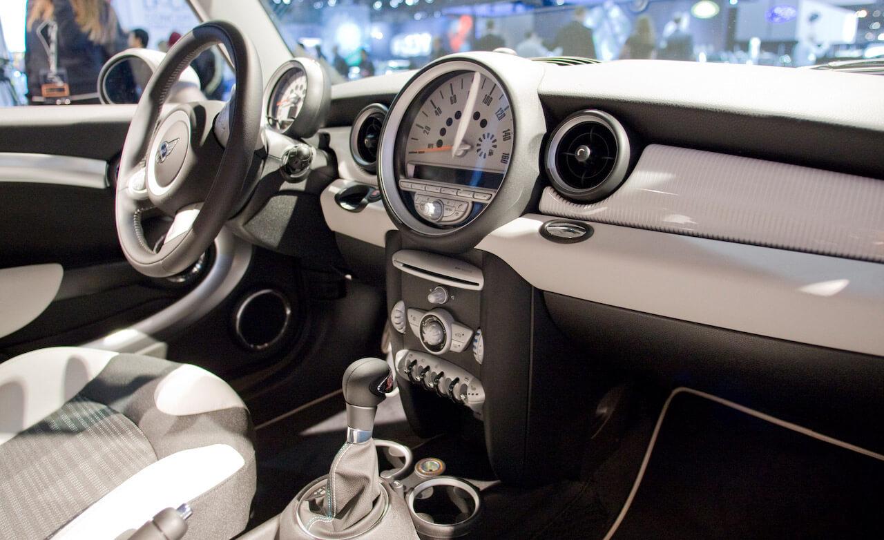 Mini dash kit