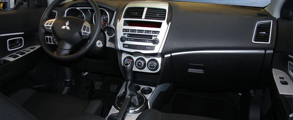 Mitsubishi dash kit